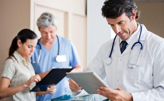 Vale a pena terceirizar a medicina do trabalho?