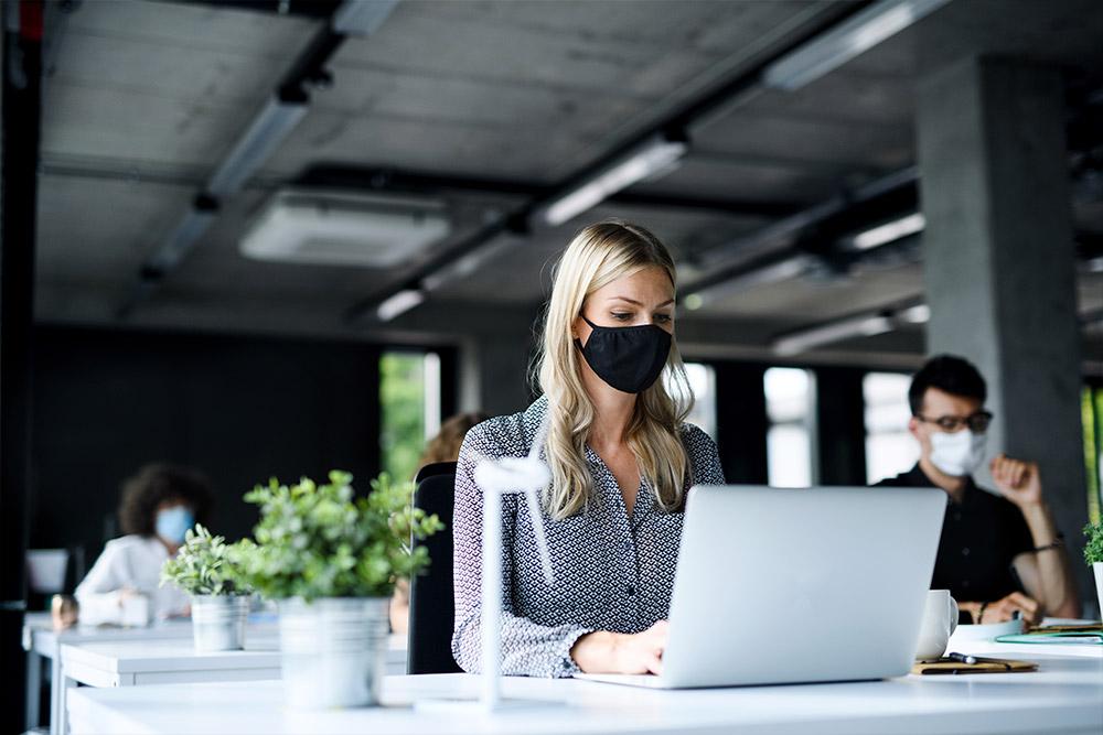 Como as indústrias podem se adaptar ao risco de contaminação da Covid-19?