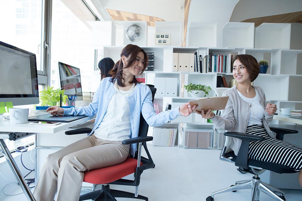 Quais são os benefícios da análise ergonômica para a empresa?